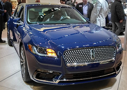 Lincoln Continental with 3.0L V6 SinterCast-CGI petrol engine